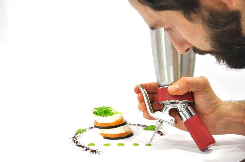 Come usare il sifone in cucina con Paolo Dalicandro Chef